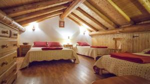 Chambre familiale du chalet Eterlou